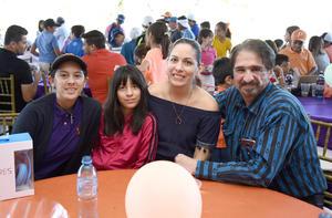 Jesus  Lorena  Aranza y Angie Barrera