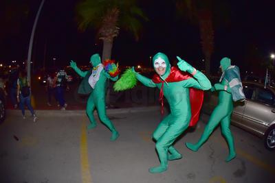 Así salieron algunos de los aficionados a festejar a las calles de la Comarca.