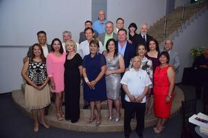 18052018 DE FIESTA.  Integrantes del Patronato Pro Construcción de la Iglesia de Nuestra Señora del Rosario en reciente evento.