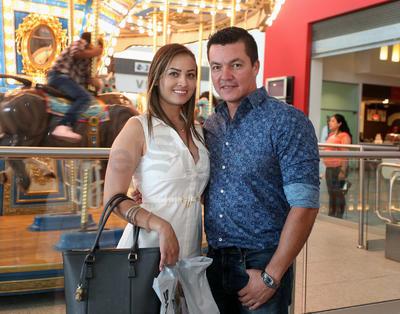 Jenny Ibarra e Iván Flores.