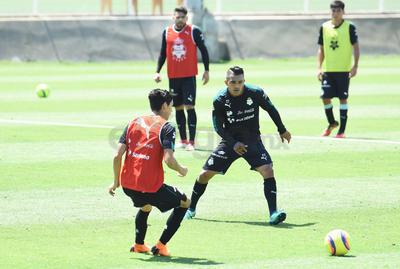Los entrenamientos matutinos se realizaron en el Estadio Corona.