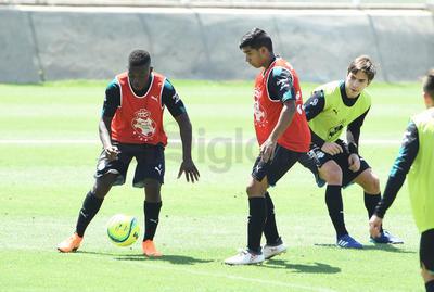 Para Santos Laguna no hay descanso. Luego de vencer a Toluca en la final de ida, los Guerreros continuaron su preparación.