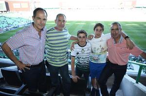 19052018 EN EL FUT.  Ernesto, Florencio, Andrés, Agus y Agustín.