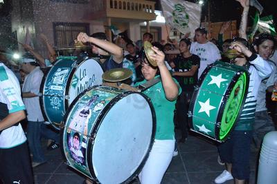 Los tambores sonaron en todo el Paseo Morelos.