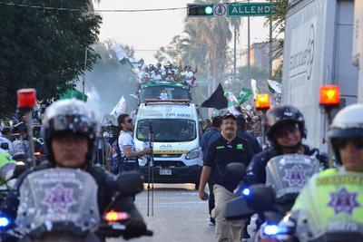 Asímismo, hubo un fuerte operativo de seguridad que resguardó tanto a los Guerreros como a la ciudadanía que festejaba el título.