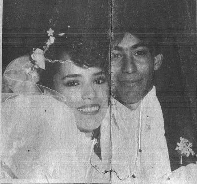 20052018 Lic. Anabel Samaniego e Ing. Luis Humberto Muro, en septiembre del 2001.