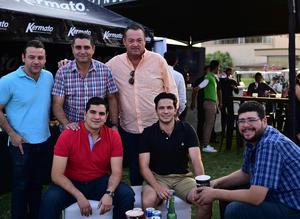 22052018 ENTRE AMIGOS.  Carlos, Antonio, José, Alejandro, Rodrigo y Alfredo.
