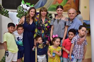 22052018 EN EL TEATRO.  Familia Martínez Flores.