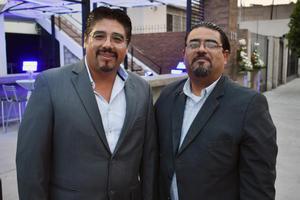 20052018 EN RECIENTE EVENTO.  Armando y José Carlos.