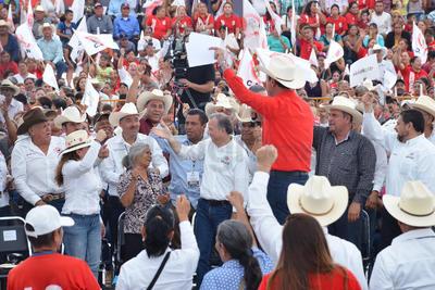 José Antonio Meade Kuribeña dijo que de llegar a ser presidente, trabajará por una reforma integral en el campo mexicano.