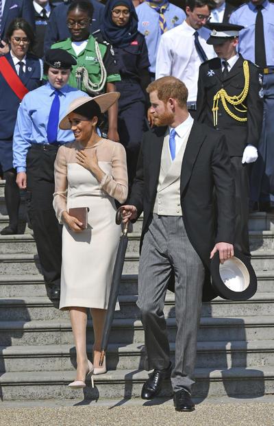 Los duques de Sussex acudieron hoy a su primer acto oficial como marido y mujer, después de contraer matrimonio el pasado 19 de mayo.