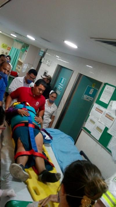 Los lesionados fueron trasladados a hospitales de Sinaloa.