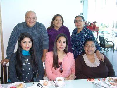 24052018 En familia.