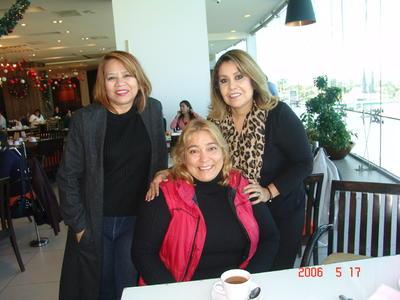 24052018 Elena, Janeth y María de Jesús.