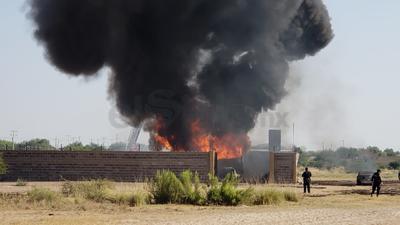 Autoridades iniciarán las investigaciones correspondientes para conocer las razones por las que se almacenaba combustible en este lugar.