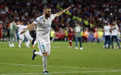 """Benzema dio el primer gol para los """"merengues""""."""