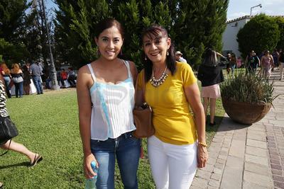 Paulina Pescador y Lourdes Torres.