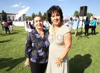 Blanca Rivas y Lupita Ruiz.