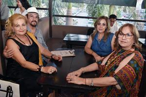 27052018 Sylvia, Luis, Rosario y Ángeles.