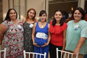 26052018 EN CELEBRACIóN.  Estefanía Verónica Castillo de Caldera con algunas de sus invitadas a su baby shower.