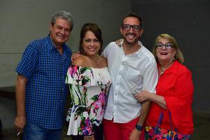 Roberto  Kuky  Rodrigo y Malena