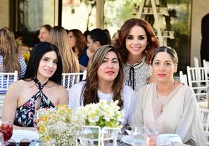 Blanca  Sory Ana y Lizzy