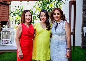 Maria con Maria Angelica Delgado y Alicia Guerrero