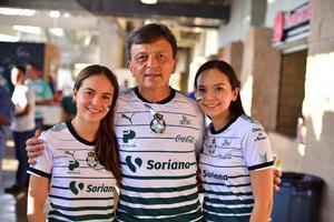 Ximena Octavio y Daniela