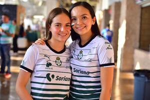 Ximena y Daniela