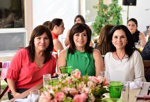 Gloria  Marilu y Monica