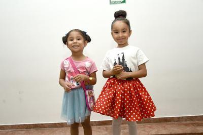 31052018 Nicole y Eugenia.