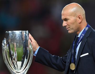 Ganó dos Supercopas de Europa: una ante Sevilla y la otra ante Manchester United.