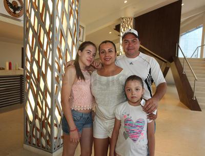 Familia Olivo Soto.