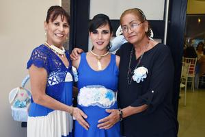 02062018 EN BABY SHOWER.  Verónica, Estefanía y Graciela.