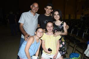 02062018 Abraham, Fernanda e Isabel.