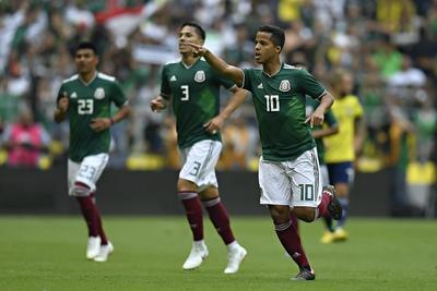 Giovani dos Santos hizo los honores al minuto 13.