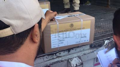 Los paquetes contienen las boletas para la elección a presidente, senadores y diputados federales.