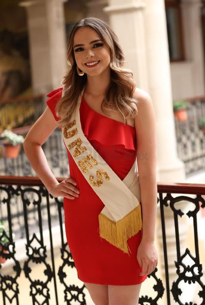 Presentan candidatas a reina de la FENADU 2018