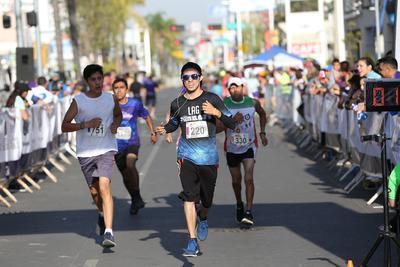 Corren Medio Maratón por la Libertad de Expresión