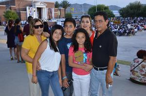 04062018 Familia Cruz Coronado.