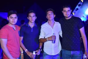 05062018 ENTRE AMIGOS.  Alex, Denis, Armando y Ricky.