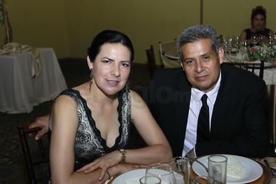 Shelley León y Enrique Rodríguez.