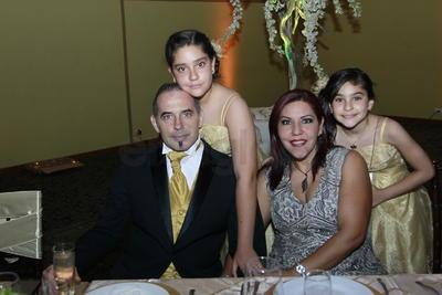 Irene Benítez y familia.
