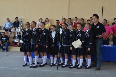 07062018 Alumnas de reconocido plantel educativo de la región.