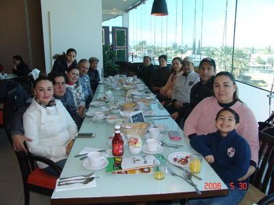 07062018 En el cumpleaños de Miguel Orozco.