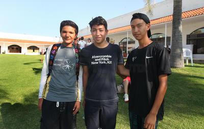 Jesús Ignacio Hidalgo, Axel Martínez y Santiago Roldán.