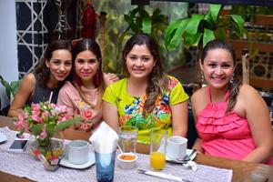 08062018 Gaby, Estefanía, Natalia y Mara.