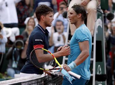 Ambos tenistas se dieron un cordial saludo tras el encuentro.