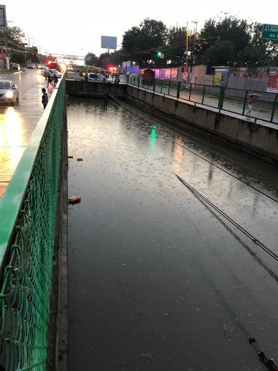 Se registró que las inundaciones afectaron principalmente la linea 1 del tren ligero.