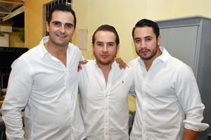 11062018 FESTEJO EN FAMILIA.  Ricardo, Sedrik y Luis.
